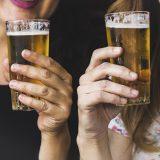 Como servir la cerveza